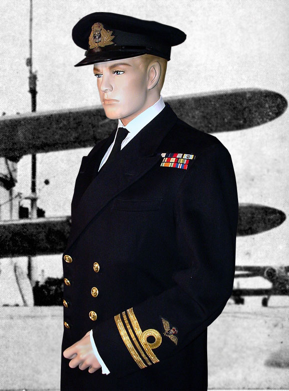 ... Royal Naval Officer. Below one can see what the buttons on such